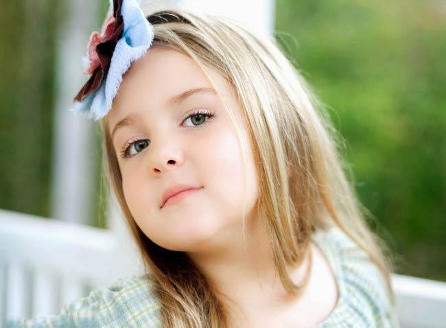 Cute Little Girl Dp Whatsapp
