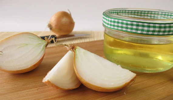 Onion Juice for Hair Fall Conrol