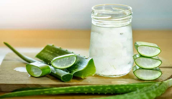 Aloe vera juice to remove pimple marks