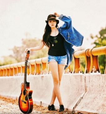 Girl Stylish & Cool Whatsapp DP